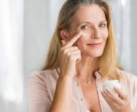 Jakie są potrzeby skóry dojrzałej? 3 złote zasady pielęgnacyjne