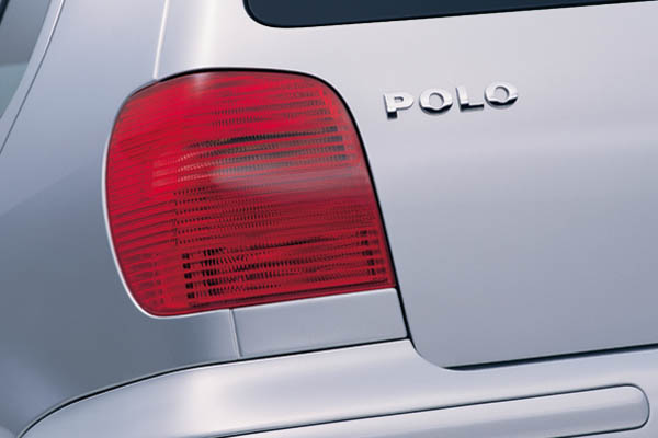 1999 Volkswagen Polo badge