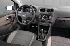 2010 Volkswagen CrossPolo interior