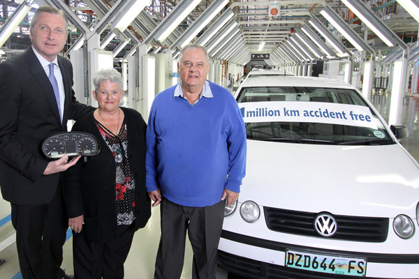 Volkswagen Group South Africa Managing Director, David Powels, the Esterhuizens and their 1,000,000km Polo