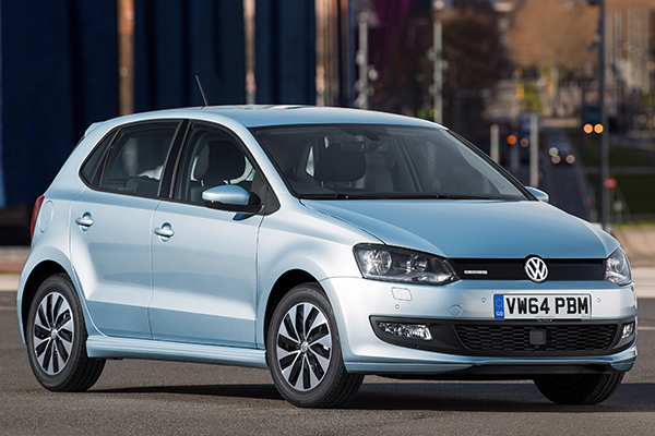 2015 Volkswagen Polo BlueMotion (UK)