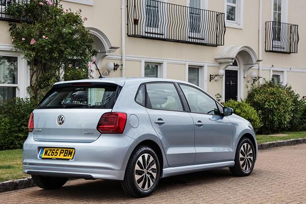 2015 Volkswagen Polo BlueMotion TSI (UK)