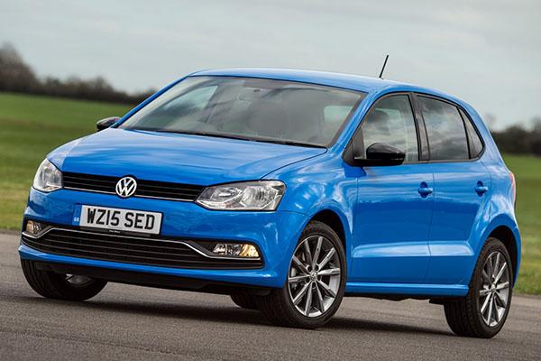 2015 Volkswagen Polo SE Design (UK)
