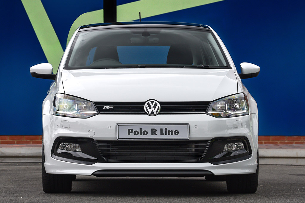 racy r line trimmed volkswagen polo 1 0 tsi launched in south africa polodriver polodriver. Black Bedroom Furniture Sets. Home Design Ideas