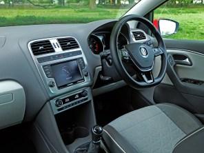 2017 Volkswagen Polo Beats (UK)