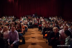polski kabaret w The Cresset Theatre w Peterborough