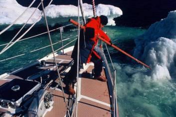 2a.Vagabond II_NW Passage 1985