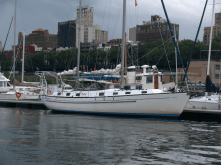 Kpt. Wagner II w marinie Brooklyn