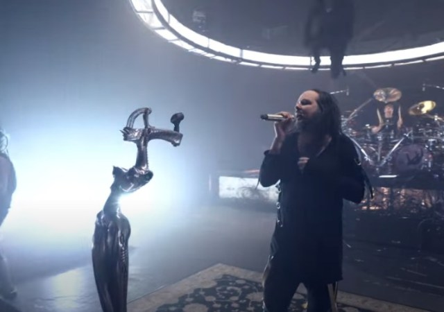 Korn - Show The Nothing