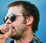 Tom Meighan - Kasabian - Roskilde Festival 2010. Photo by Bill Ebbesen.