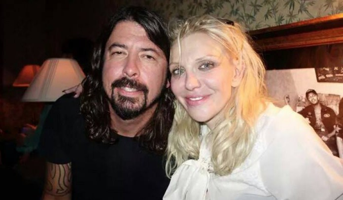 Courtney Love contra Dave Grohl