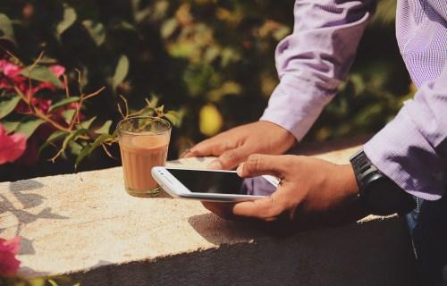 Auch beim Kaffee einfach online wählen mit Polyas