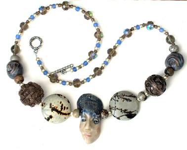 ceramic-face-necklace3
