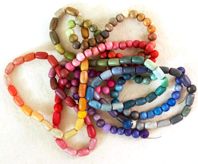 beads made from polymer clay to record color blends