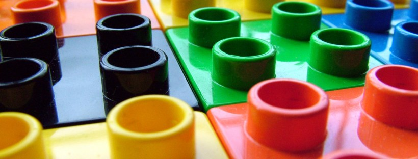 Learning multiple languages CAN be as simple as putting together coloured blocks!