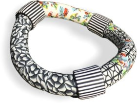 Valérie Bodino-Nazet builds a wonky, fun bangle on PolymerClayDaily.com