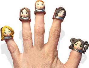 A Monday wave from Miryam Garcia Mardones' finger puppets on PolymerClayDaily.com