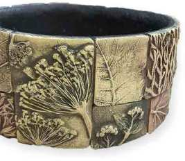 Juliya Laukhina shows us the beauty of weeds on PolymerClayDaily.com