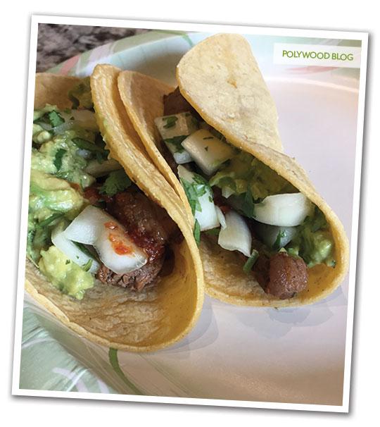 carne asada tacos up close