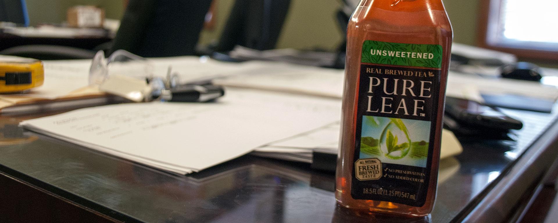 Ross-Tea-Desk-POLYWOOD-Blog-FEATURED