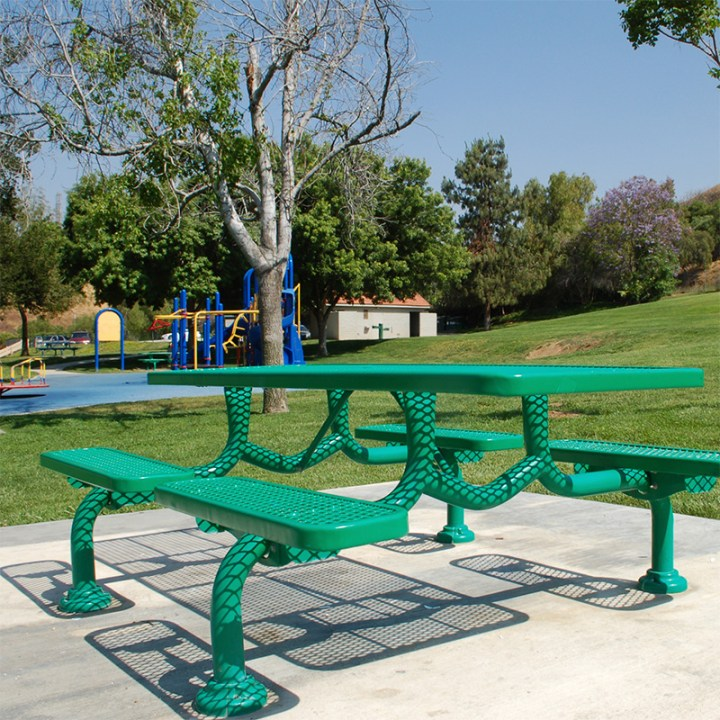 green plastic coated picnic table at park