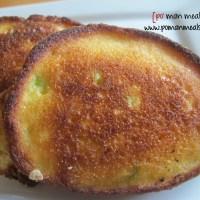 cheddar scallion corn cakes