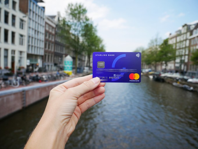 the best bank card for travelling abroad pommie travels - Best Debit Card For International Travel