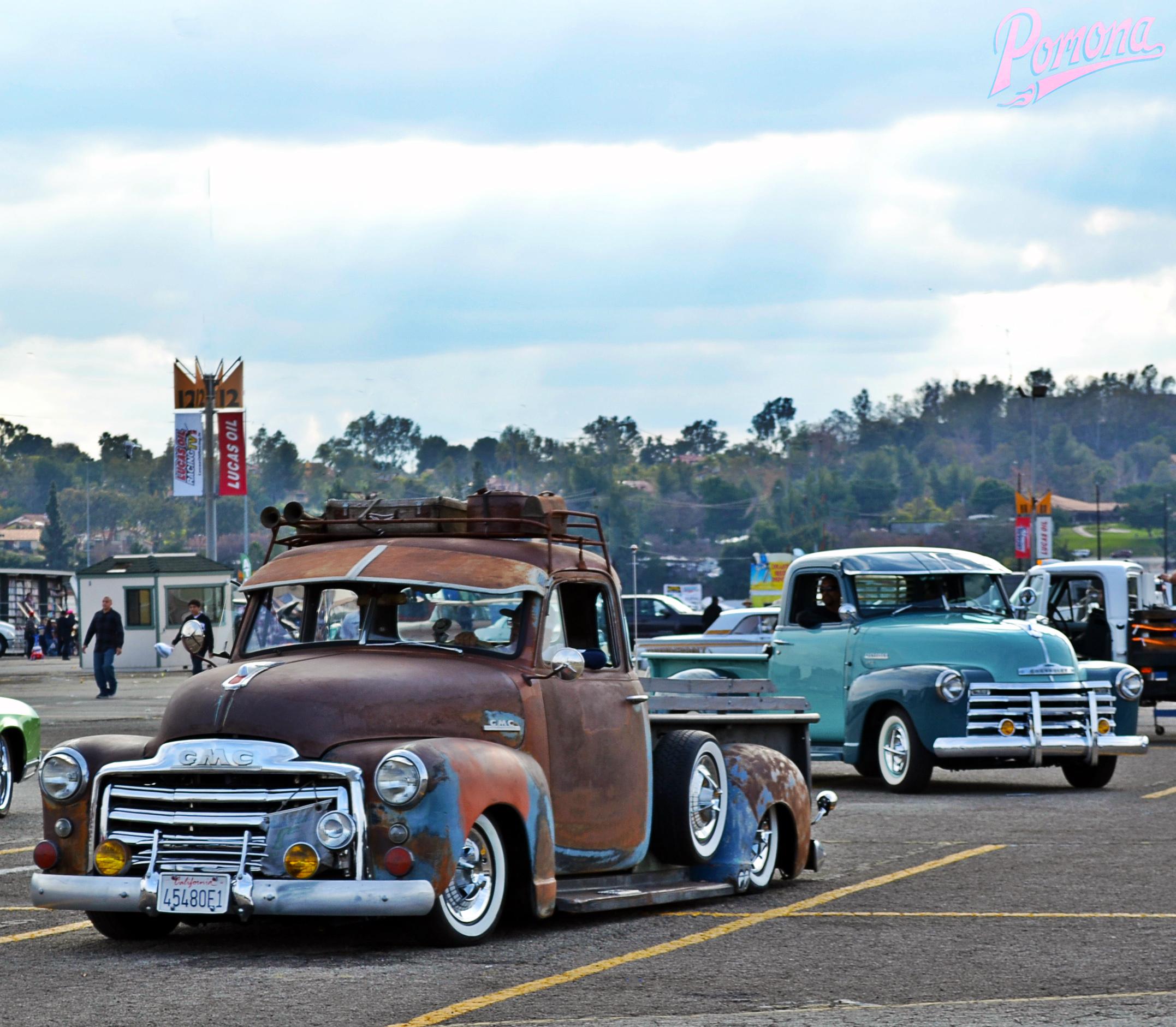 Classic GMC & Chevy Trucks