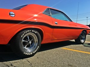 Classic Challenger with Futura GLS Tires