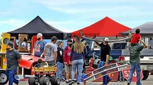 Crowd scene at the Pomona Swap Meet