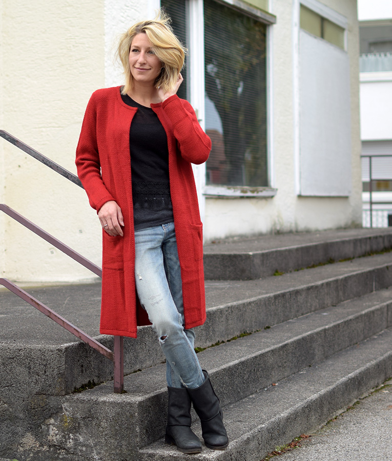 Mantel CHUKI rojo