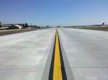 Taxiway Victor V 8R End Around Hartsfield-Jackson Atlanta International Airport Atlanta Georgia 4