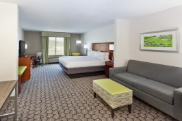 Holiday Inn Express Phenix City Alabama-King_Suite1