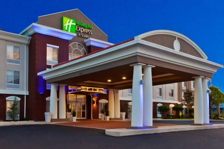 Night Exterior, Holiday Inn Express and Suites, Dothan, AL