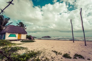 tulum_beach_lonely_house