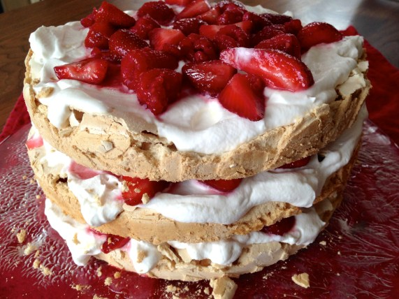 Easter Side Dishes: Berry Pavlova