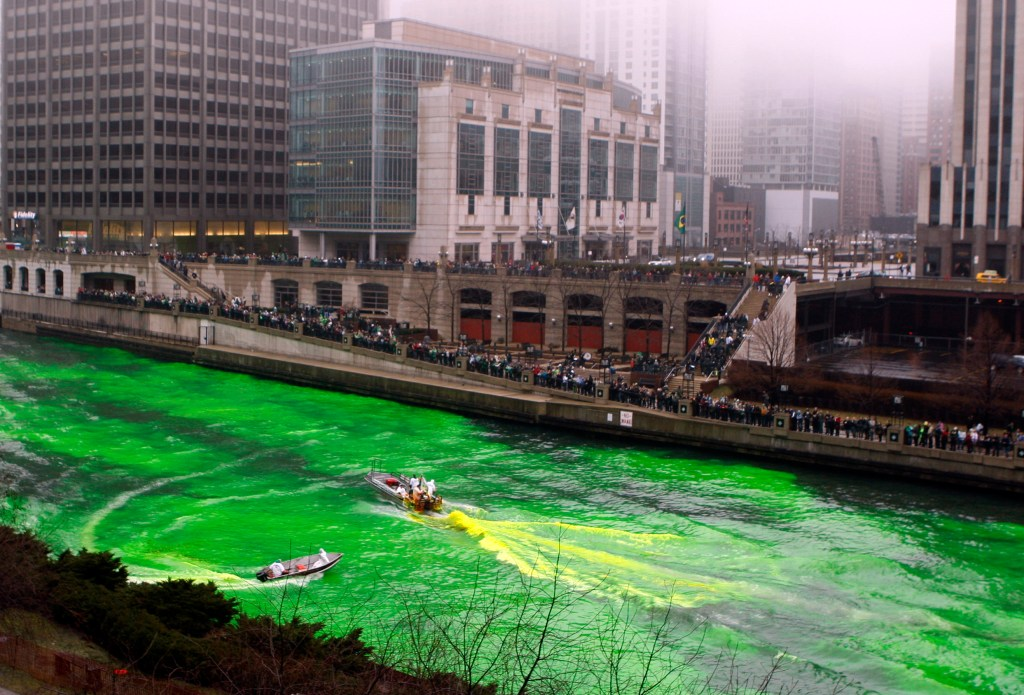 15 reasons to celebrate the color green on Saint Patrick's Day: dying the Chicago River green