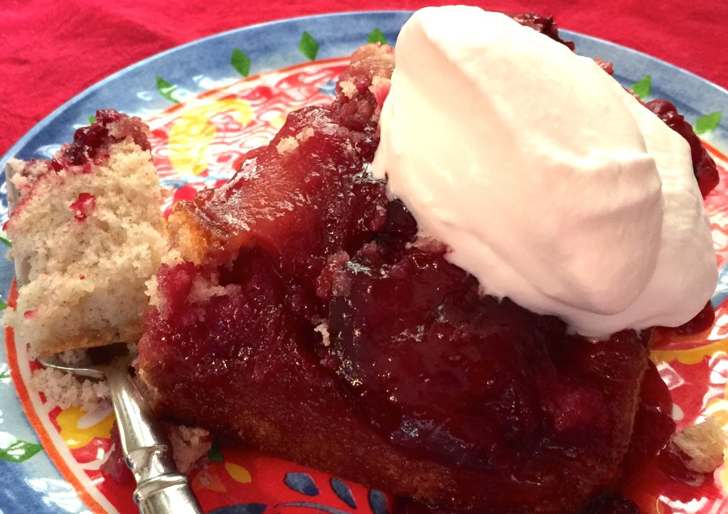Plum Upside-down Cake: Fruity deliciousness