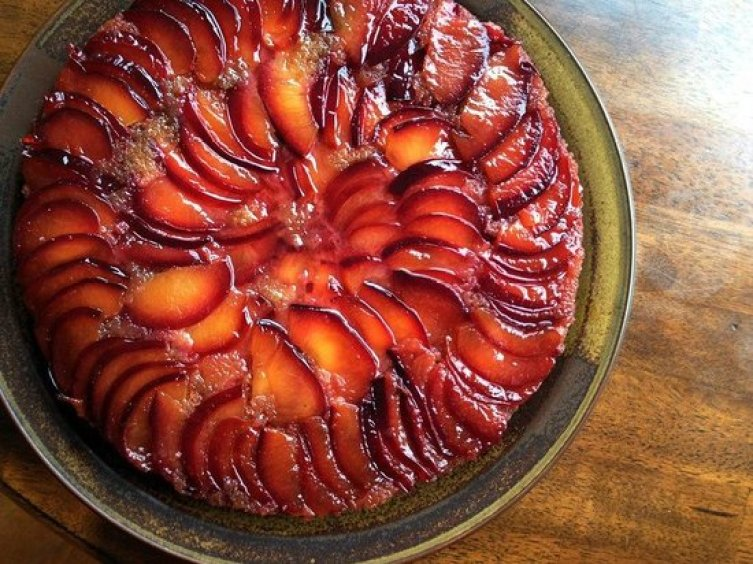 Plum Upside-down Cake: Someone else's perfect pattern. Show off!