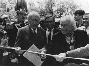 Enrique Tierno Galván   Rafael Alberti   1985
