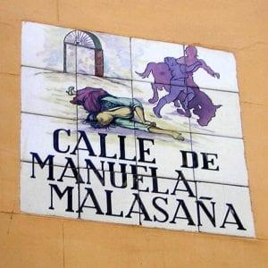 Placa de azulejos de la calle de Manuela Malasaña   Barrio de Maravillas   Centro   Madrid