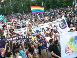World Pride Madrid 2017 | Fiesta del Orgullo LGBT | 23/06 -02/07/2017 | Madrid | Pancartas manifestación
