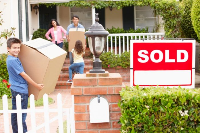 Advantages of moving in the spring - Pony Express Moving Services