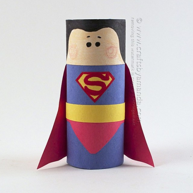 http://craftsbyamanda.com/cardboard-tube-superman-craft/