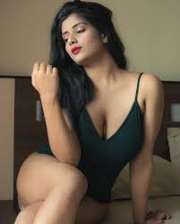 Saket Escorts girl