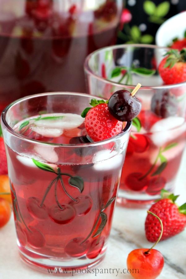 strawberry cherry wine spritzer