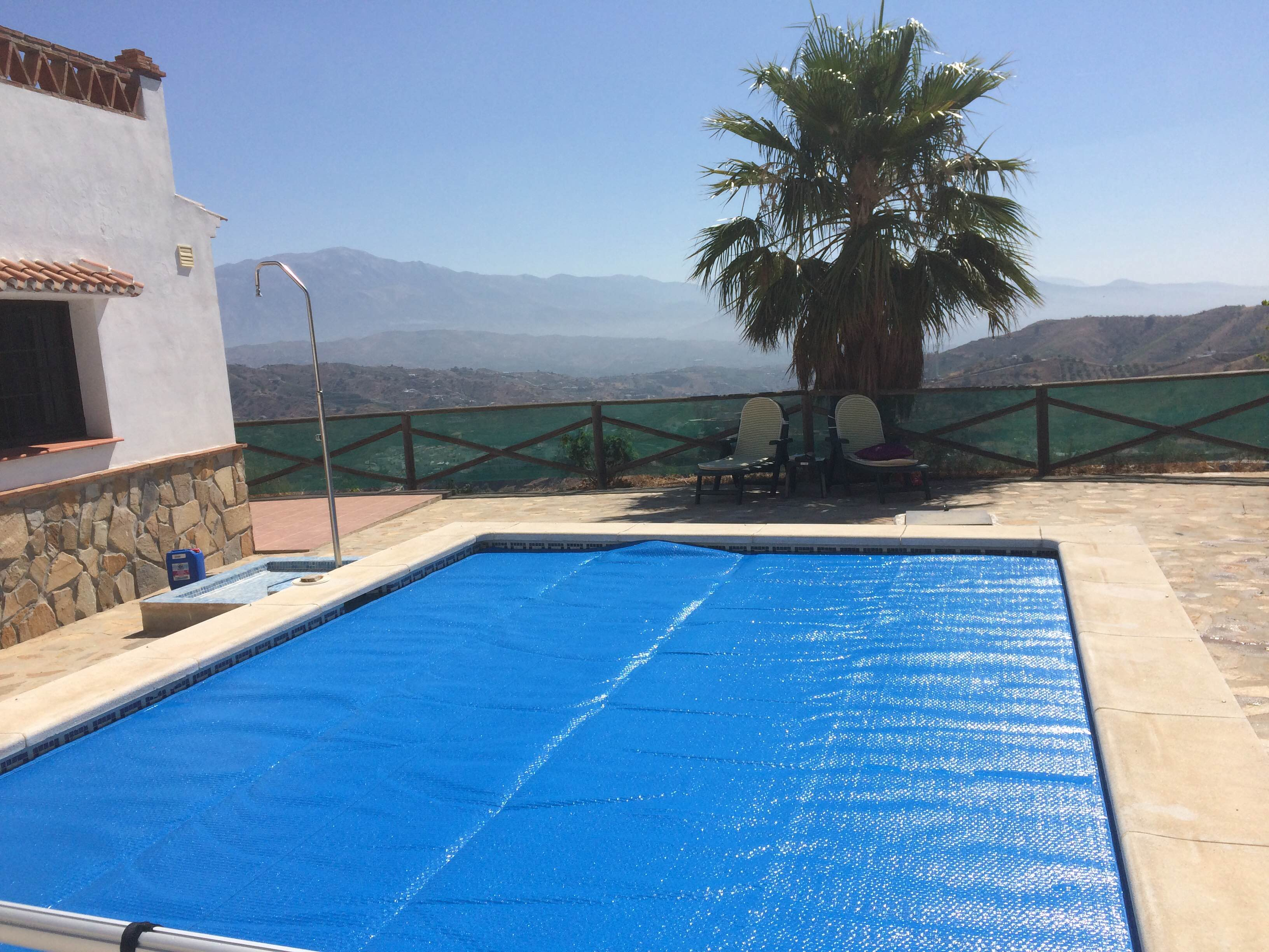 Pool covers pool and garden services for Garden pool with cover