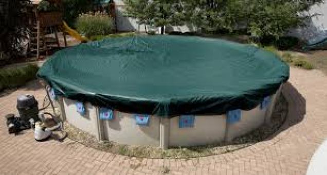 winter pool cover maintenance