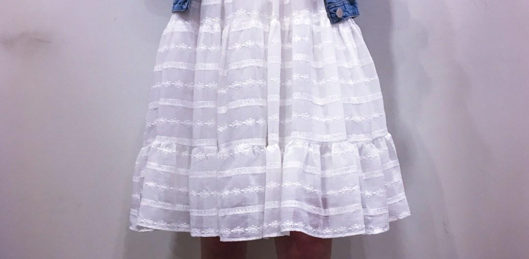 Robe blanche dessinée pour les Collectionistas NAF NAF