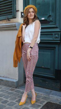Pantalon à carreaux géométriques